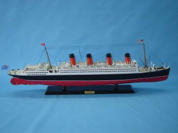 RMS Aquitania Limited Model Cruise Ship 40""